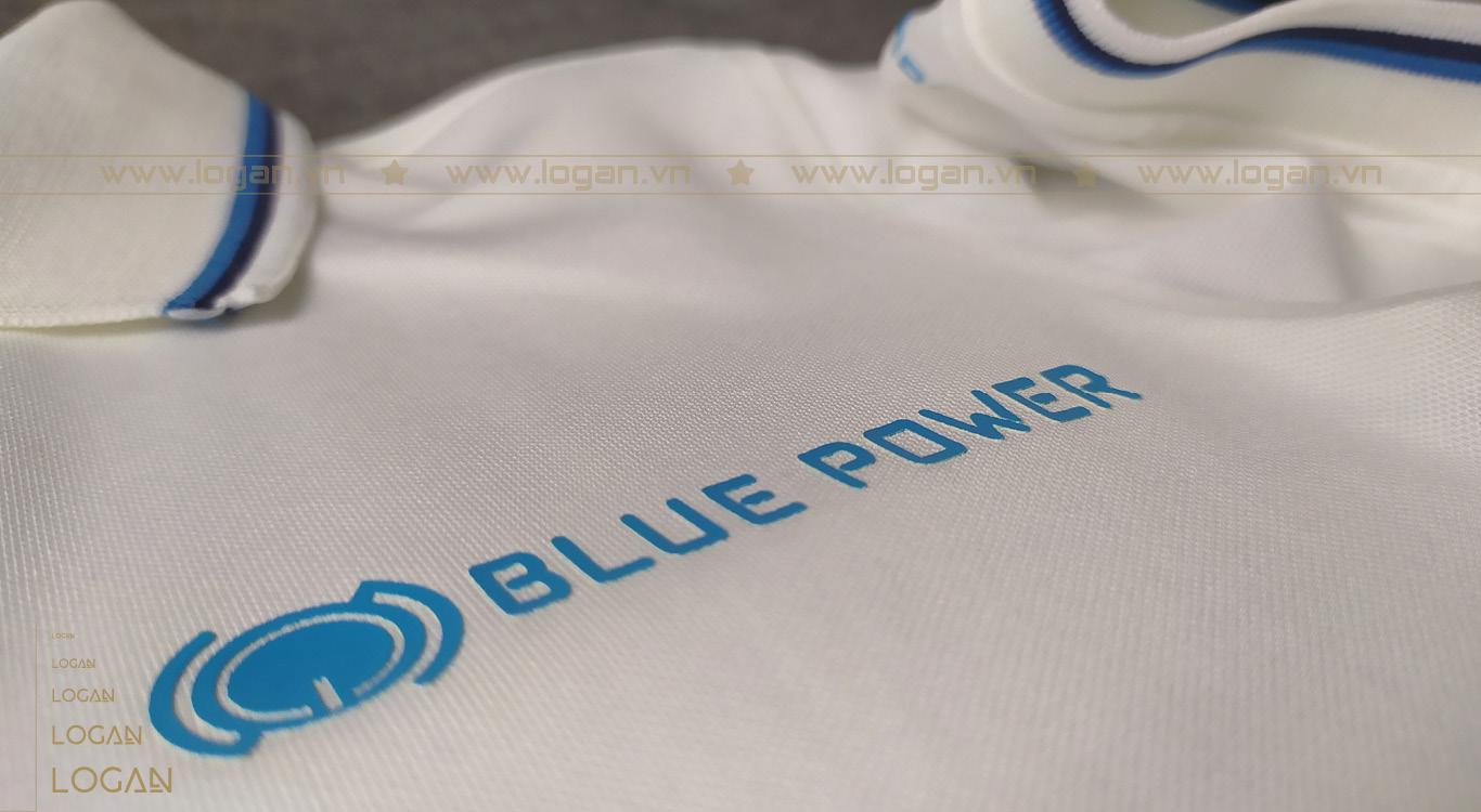 áo thun đồng phục trắng sọc xanh