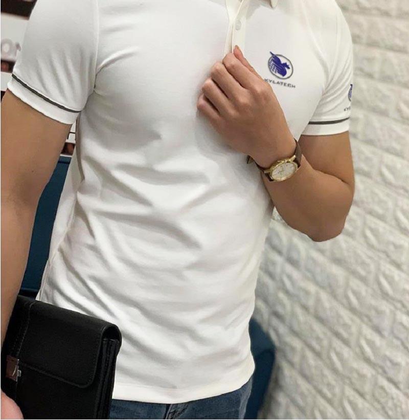 áo thun đồng phục trắng xám
